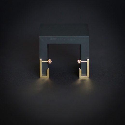 Boucles d'oreilles courtes en or collection Mind The Gap